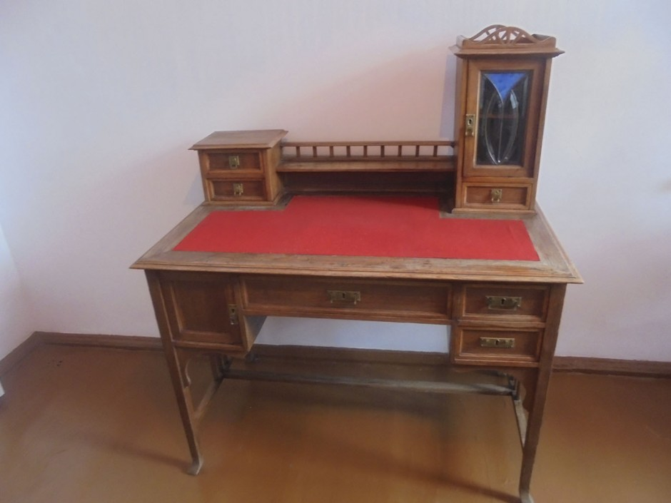 Письменный стол Мусы Джалиля
