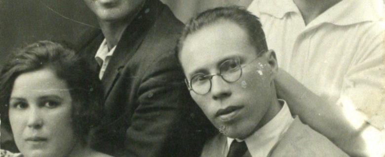 Фотографии из личного альбома М. Джалиля
