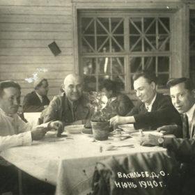 Фотографии из личного альбома М.Джалиля